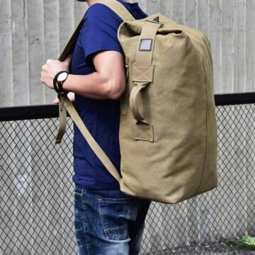 Large-Capacity-Man-Travel-Bag-Mountaineering-Backpack-Male-Luggage-Top-Canvas-Bucket-Shoulder-Bags-For-Boys-2.jpg
