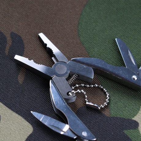 Portable-multifunci-n-plegable-alicates-de-acero-inoxidable-navaja-plegable-llavero-destornillador-Camping-supervivencia-EDC-herramientas-5.jpg